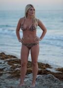 Nov 28, 2010 - Brooke Hogan - Bikini in Miami Beach Bff12f108682789