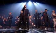 Take That au X Factor 12-12-2010 - Page 2 F271c6111005663