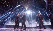 Take That au X Factor 12-12-2010 9dccd6111016832
