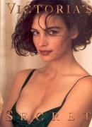 Photos of Past Bond Girls 497da7116580379