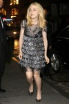 Dakota Fanning / Michael Sheen - Imagenes/Videos de Paparazzi / Estudio/ Eventos etc. - Página 4 Fb9e63148705200