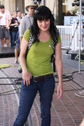 "Pauley Perrette � On Set of ""Extra"" � LA � September 8, 2011 