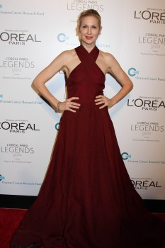 Kelly Rutherford @ L'Oreal Paris Legends Gala in NYC November 2, 2011 HQ